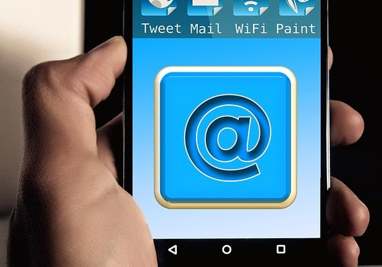 get more clients with these 5 email marketing tips
